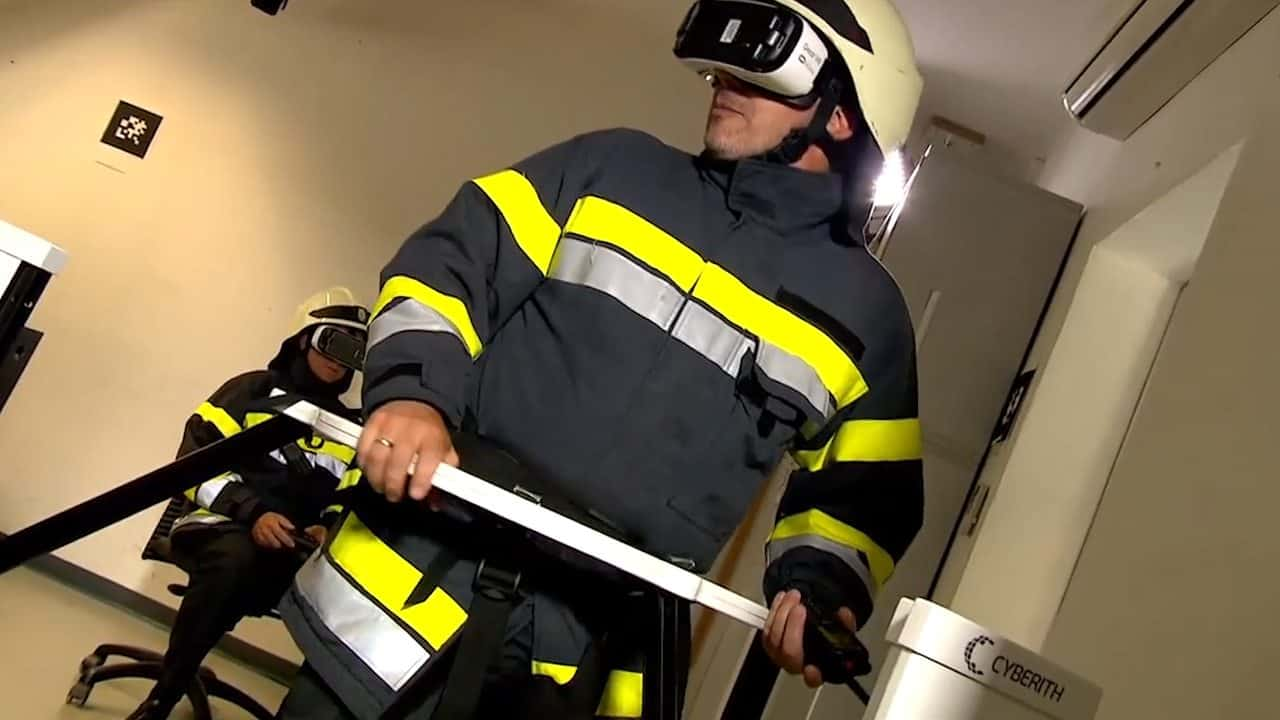 Firefighter in VR with Virtualizer